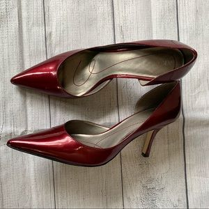 Maroon Anne Klein high heeled pump size 8